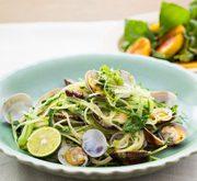 香菜と水菜とアサリのパスタ ナンプラー風味