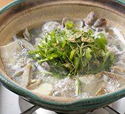豚つくねとアサリの塩鍋