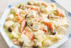 蟹と豆腐の煮込み 白味噌風味