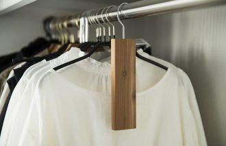 クローゼットの見せる収納アイデア 洋服は着る順番に配置|柳沢小実さん