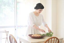 【3月11日開催】料理家 星谷菜々さんが実演指導! 【身近なもので素敵に撮る】お菓子と花のお写真教室