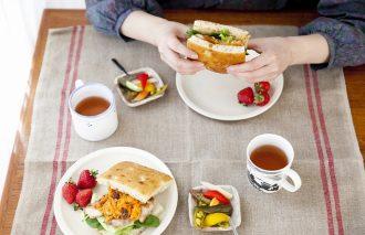 前日のおかずでお手軽サンドイッチ|フードコーディネーター・ ナガタユイさん