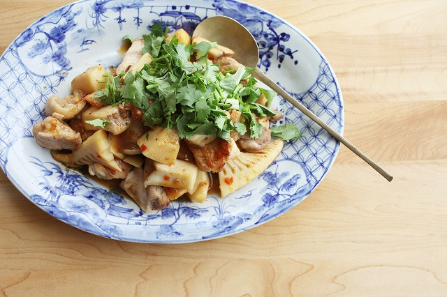 鶏肉とタケノコのアジアン炒め