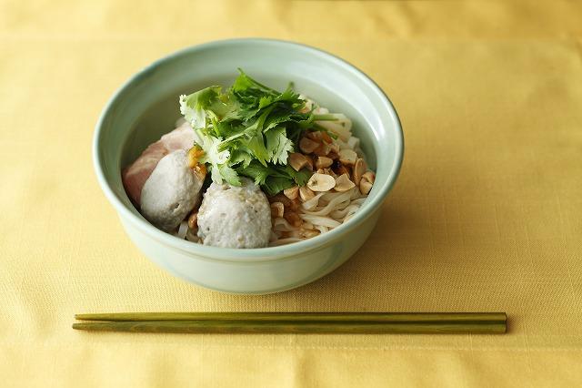 タイ風汁なし麺