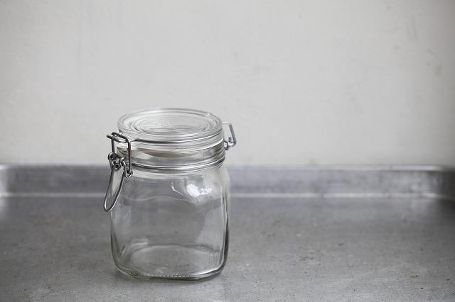 カビが生えないように瓶は清潔に