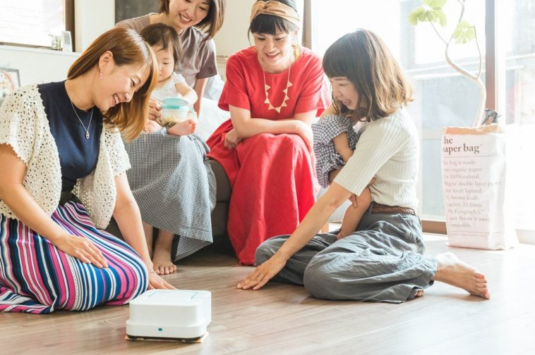 サラサラ床で暮らしをもっと気持ち良く 床拭きロボット『Braava(ブラーバ)』を体験!