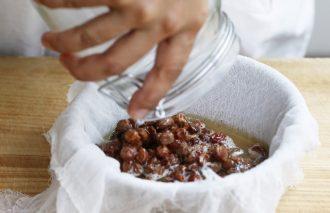 粉、酵母、塩、水はどう選ぶ? 材料選びで広がるパン作り