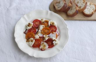「わたしの胃袋ごはん トマトとモッツァレラチーズのカルパッチョ風」暮らし上手のたまごさん 福田みなみ