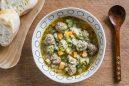 スパイシーミートボールと秋野菜のスープ