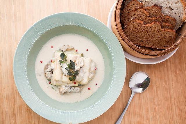 牡蠣と長ネギの豆乳クリーム煮