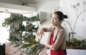 【Kurashiのマナビ舎第2弾】壱岐ゆかりさんのフラワーアート講座レポート