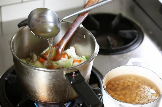 人気料理家さんに教わるあったかスープレシピ10選