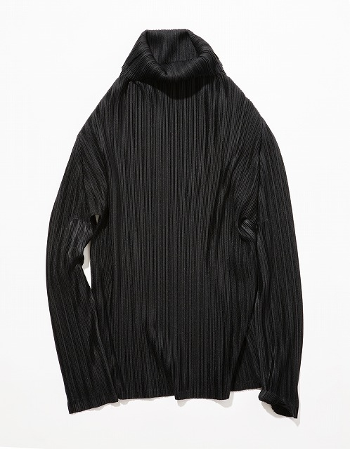 4. PLEATS PLEASE ISSEY MIAKE