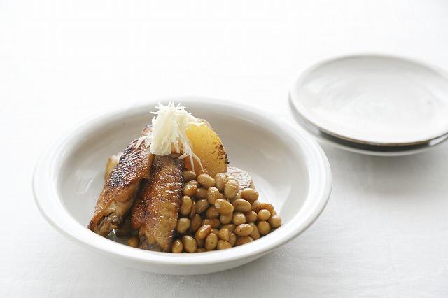 大豆と大根と鶏手羽の照り煮