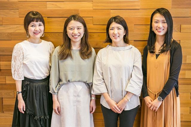 活躍する女性社員