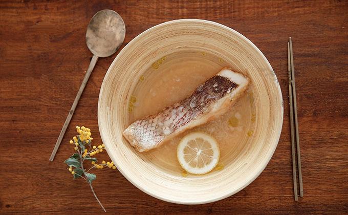 鯛とカブのスープ