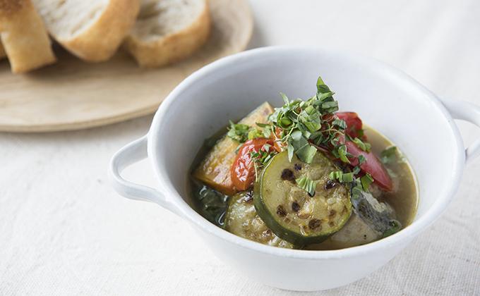 焼き野菜と白身魚のスープ煮