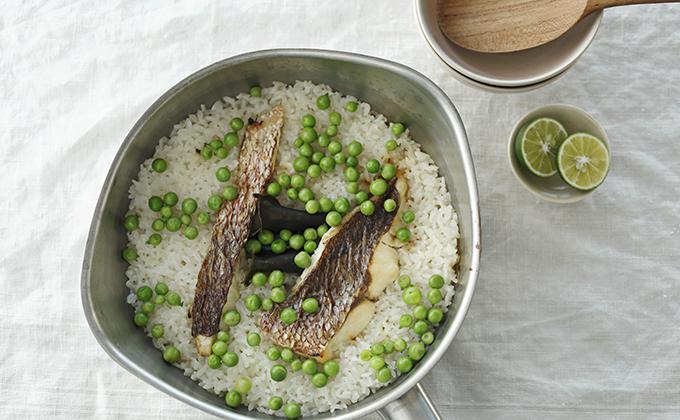 鯛とグリンピースの炊き込みご飯