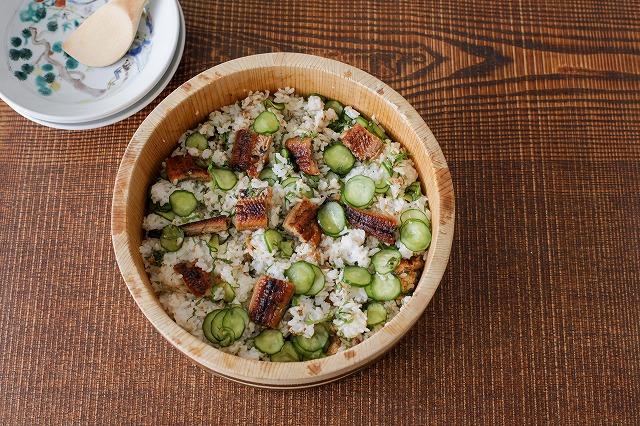 ウナギとキュウリの混ぜ寿司